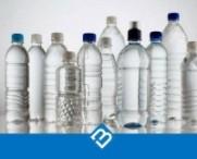 Botellas de agua pet